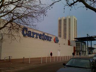 Carrefour montereau