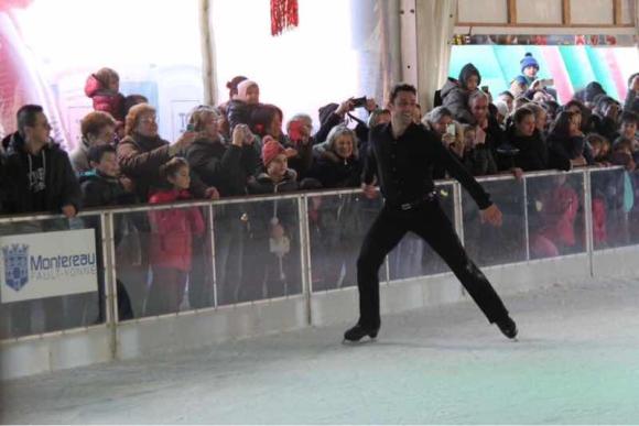 Brian Joubert inaugure la patinoire 2016