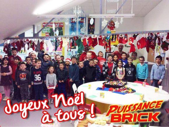 Les jeunes adhérents de Puissance Brick ont fêté Noël