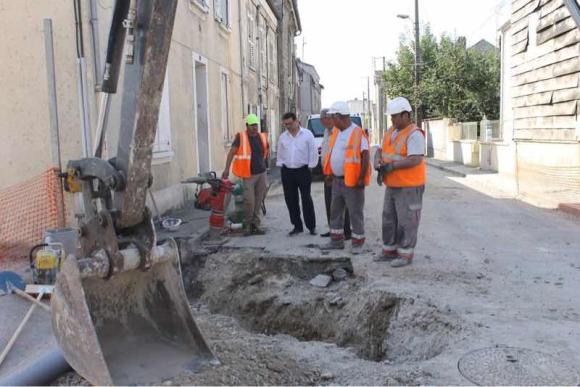 Les travaux se poursuivent rue des Fossés