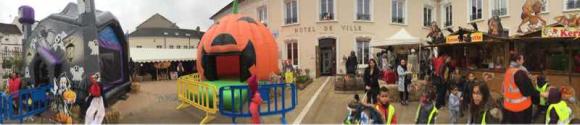 Les animations d'Halloween ont commencé dans la cour de la mairie