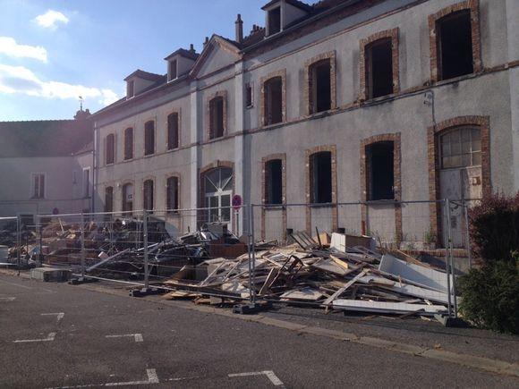 Les travaux vont bon train face à la mairie
