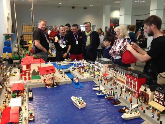 2ème jour de la convention 100% LEGO à Montereau